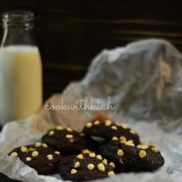 Caramel stuffed dark chocolate cookies